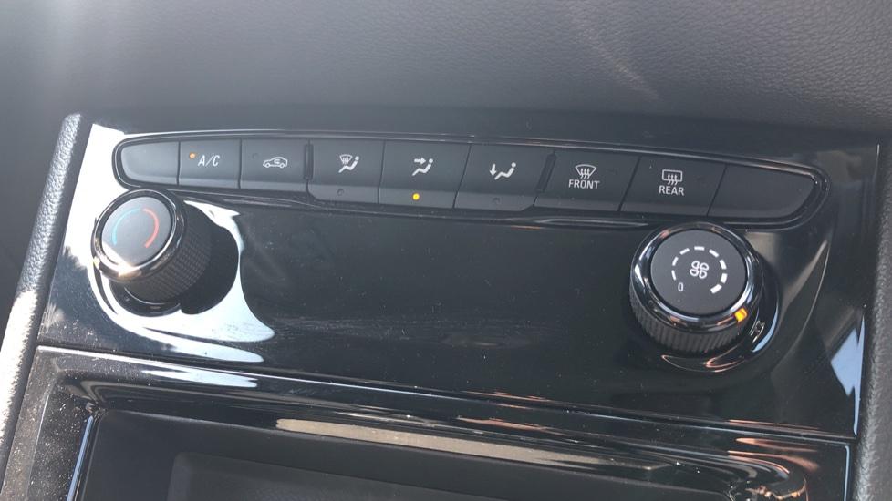 Vauxhall Astra 1.2 Turbo 145 SRi VX-Line Nav 5dr - Satellite Navigation, Parking Sensors & DAB Radio image 19