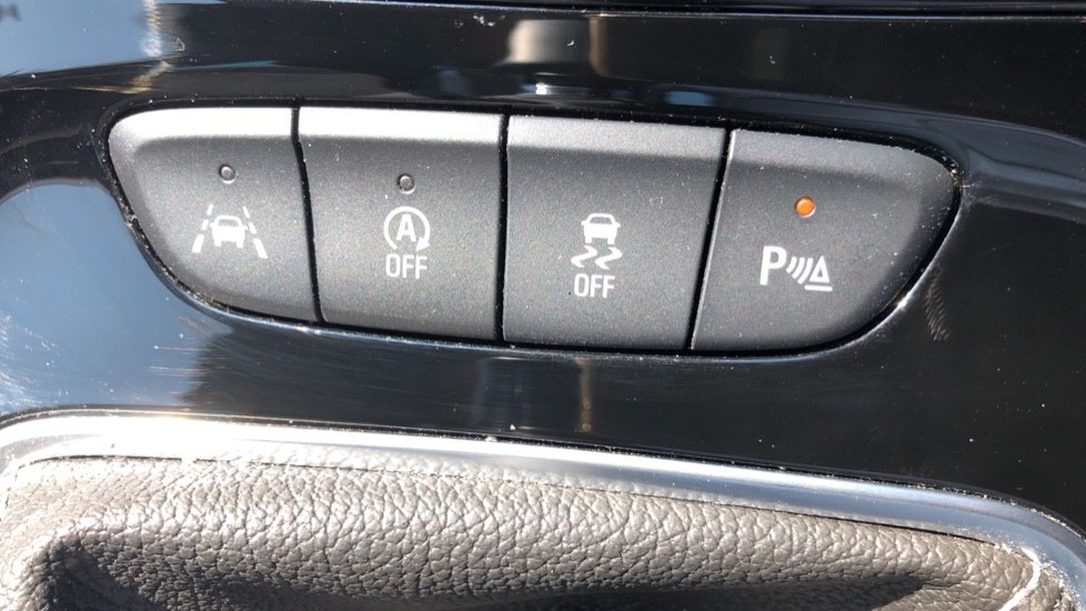 Vauxhall Astra 1.2 Turbo 145 SRi VX-Line Nav 5dr - Satellite Navigation, Parking Sensors & DAB Radio image 31