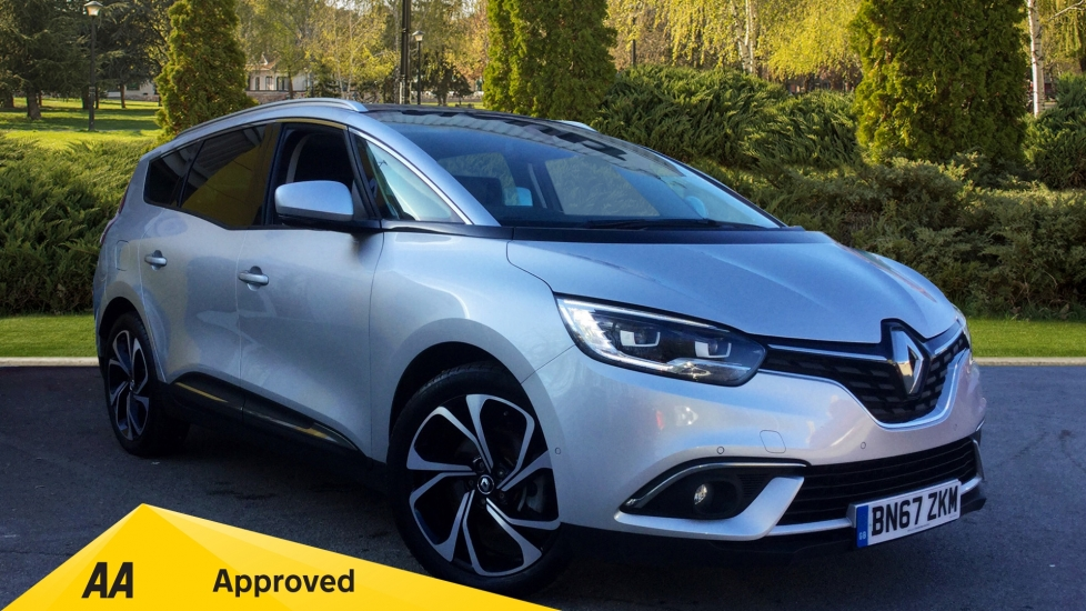 Renault Grand Scenic 1.6 dCi Signature Nav 5dr with BOSE PACK & GLASS ROOF Diesel Estate (2017) image