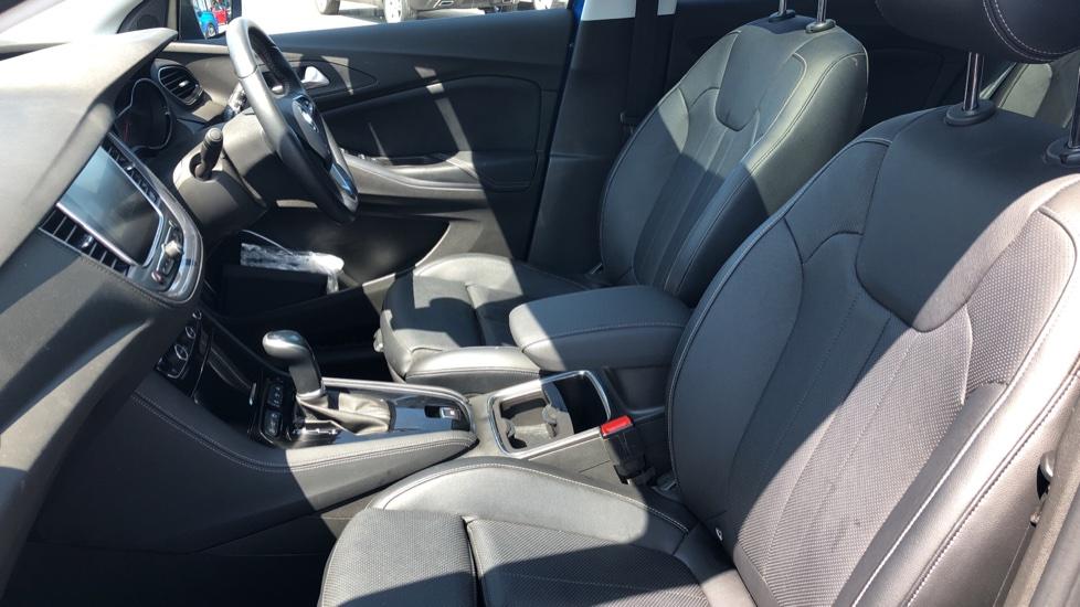 Vauxhall Grandland X Elite Nav - Panoramic Sunroof, Satellite Navigation & Parking Sensors image 3