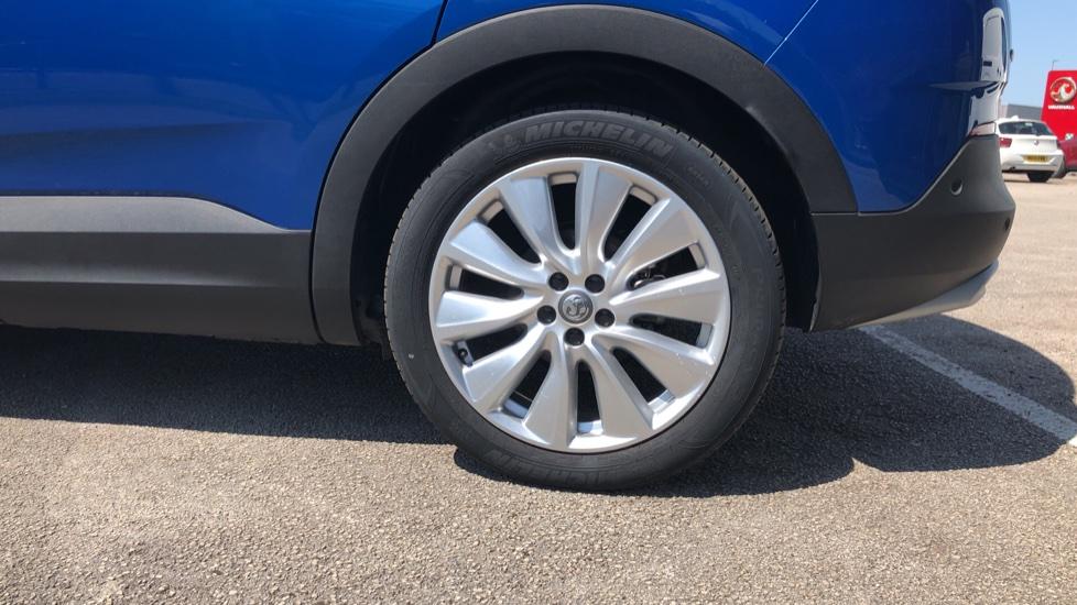 Vauxhall Grandland X Elite Nav - Panoramic Sunroof, Satellite Navigation & Parking Sensors image 8