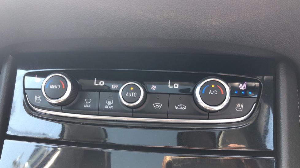 Vauxhall Grandland X Elite Nav - Panoramic Sunroof, Satellite Navigation & Parking Sensors image 22