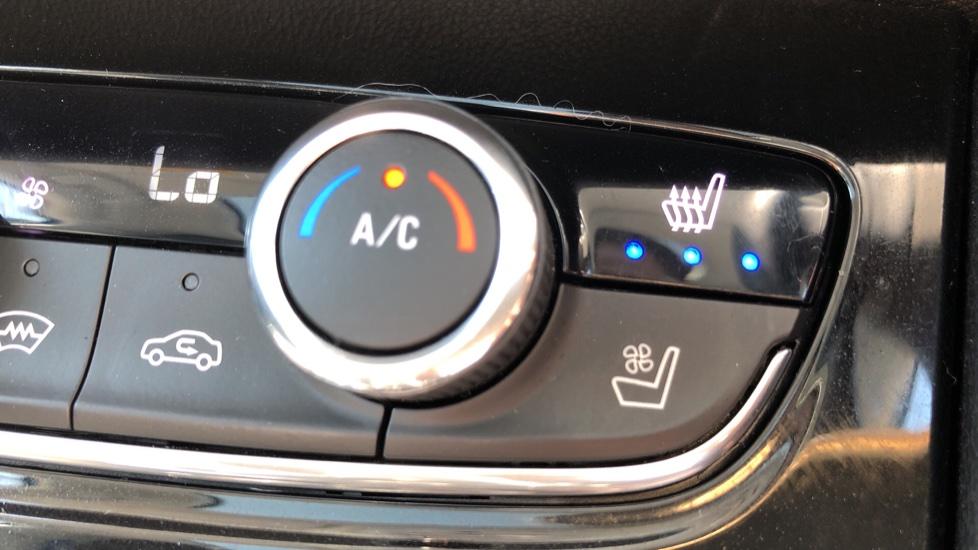Vauxhall Grandland X Elite Nav - Panoramic Sunroof, Satellite Navigation & Parking Sensors image 23
