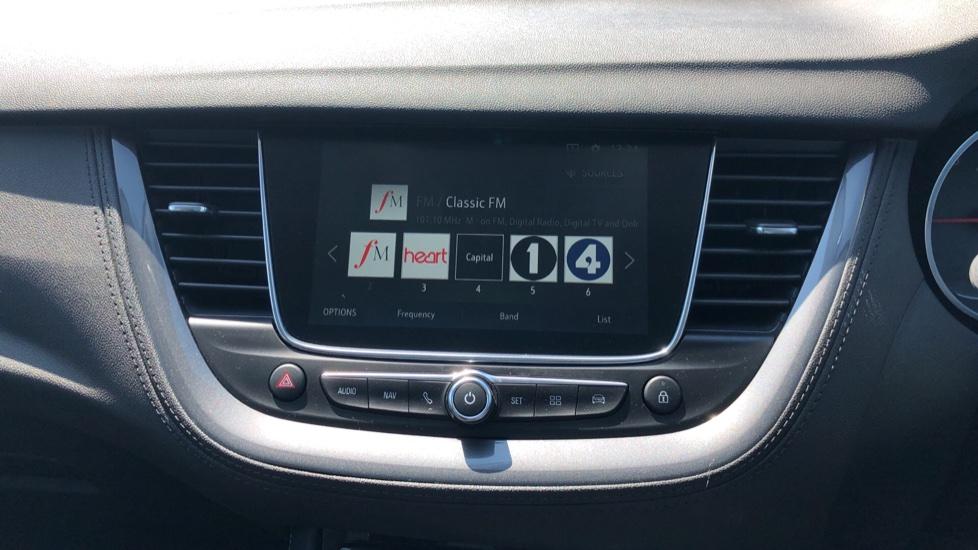 Vauxhall Grandland X Elite Nav - Panoramic Sunroof, Satellite Navigation & Parking Sensors image 24