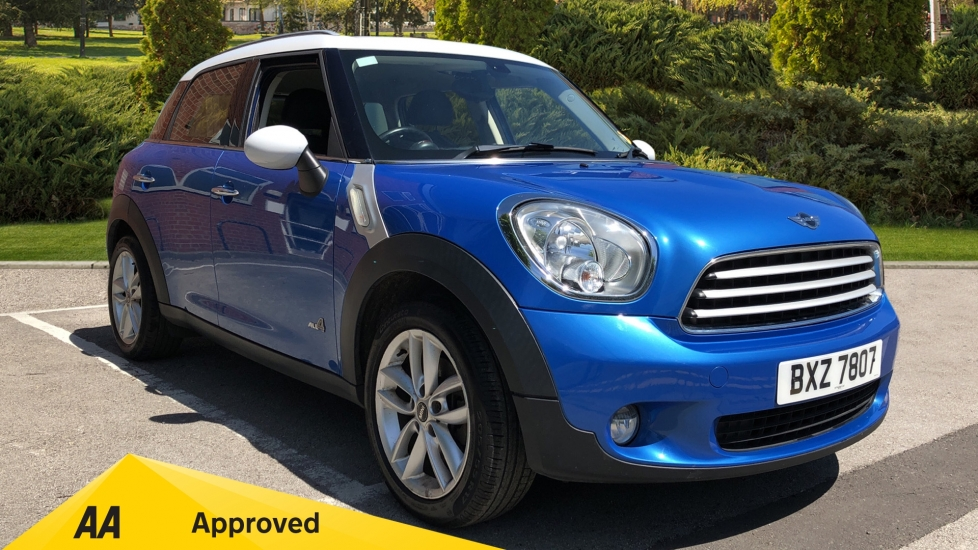 Mini Countryman 1.6 Cooper D ALL4 5dr image 1