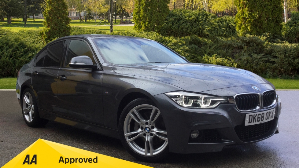 BMW 3 Series 340i M Sport Step - Factory Fitted Optional Equipment  3.0 Automatic 4 door Saloon (2018) image
