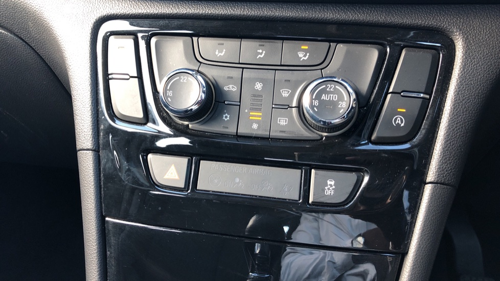 Vauxhall Mokka X 1.4T ecoTEC Active 5dr image 17