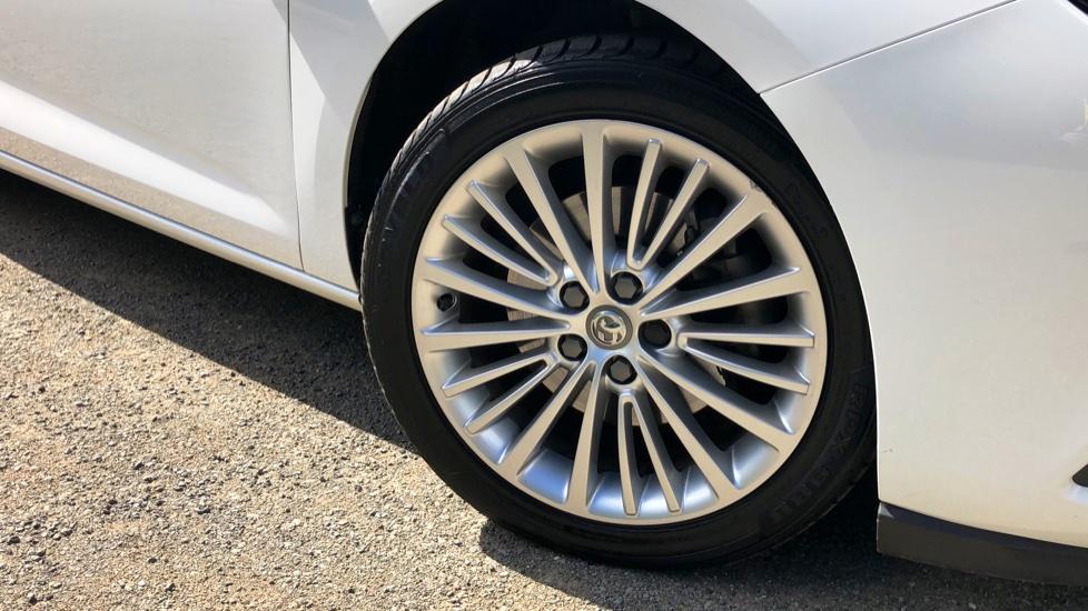 Vauxhall Astra 1.6 CDTi 16V 136 Elite Nav 5dr image 2