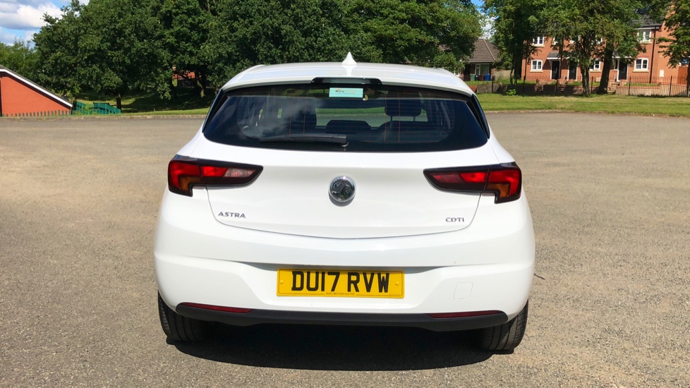 Vauxhall Astra 1.6 CDTi 16V 136 Elite Nav 5dr image 5