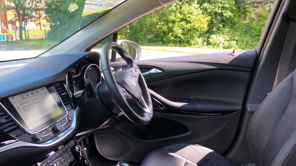 Vauxhall Astra 1.6 CDTi 16V 136 Elite Nav 5dr image 7