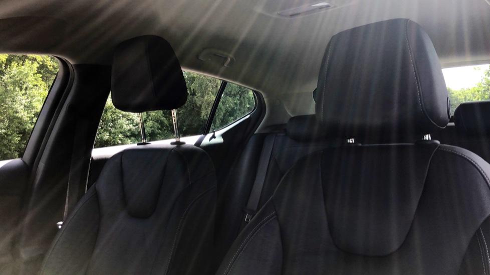 Vauxhall Astra 1.6 CDTi 16V 136 Elite Nav 5dr image 8