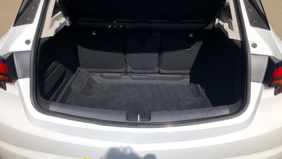 Vauxhall Astra 1.6 CDTi 16V 136 Elite Nav 5dr image 15