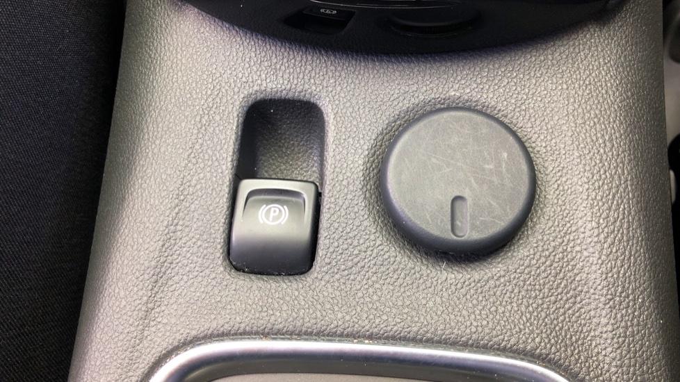 Vauxhall Astra 1.6 CDTi 16V 136 Elite Nav 5dr image 21