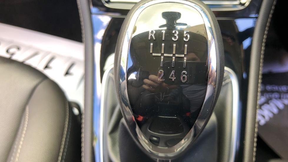 Vauxhall Astra 1.6 CDTi 16V 136 Elite Nav 5dr image 22