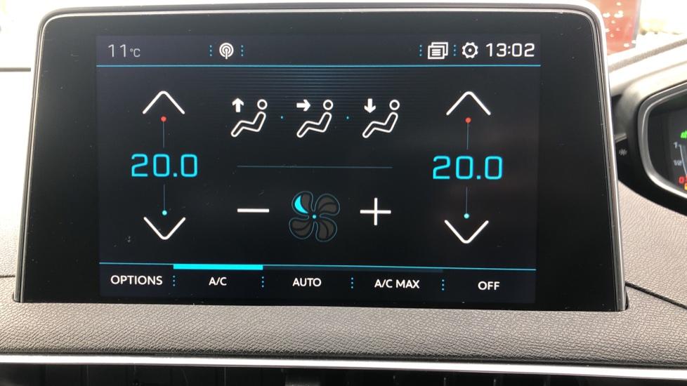 Peugeot 3008 1.2 Puretech Allure EAT6 image 24