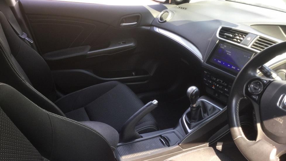 Honda Civic 1.6 i-DTEC SE Plus 5dr [Nav] image 11