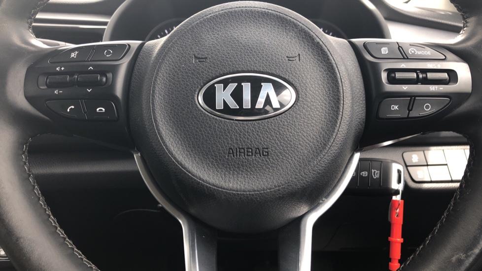 Kia Rio 1.4 2 5dr image 13