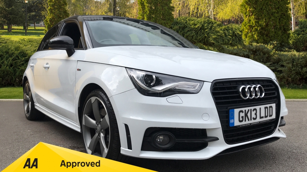 Audi A1 2.0 TDI Black Edition - Desirable Factory Fitted Options Diesel 5 door Hatchback (2013) image