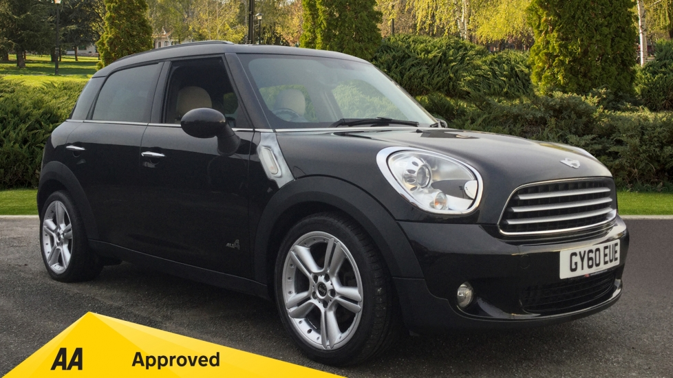 Mini Countryman 1.6 Cooper D ALL4 5dr Diesel Hatchback (2010) at Oldham Motors Citroen, Fiat and Jeep thumbnail image