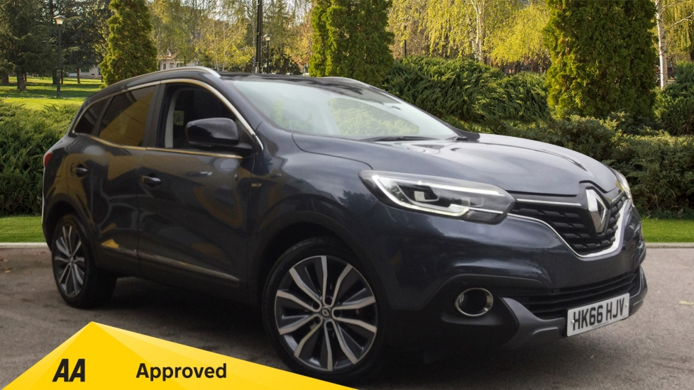 Renault Kadjar 1.2 TCE Signature Nav 5dr Hatchback (2016) available from Bolton Motor Park Abarth, Fiat and Mazda thumbnail image