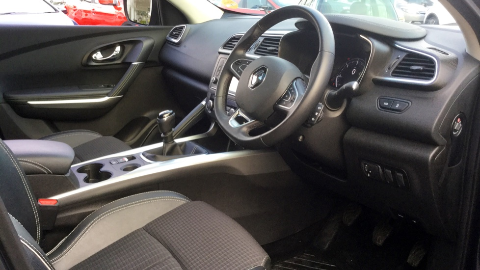 Renault Kadjar 1.5 dCi Signature Nav 5dr image 14