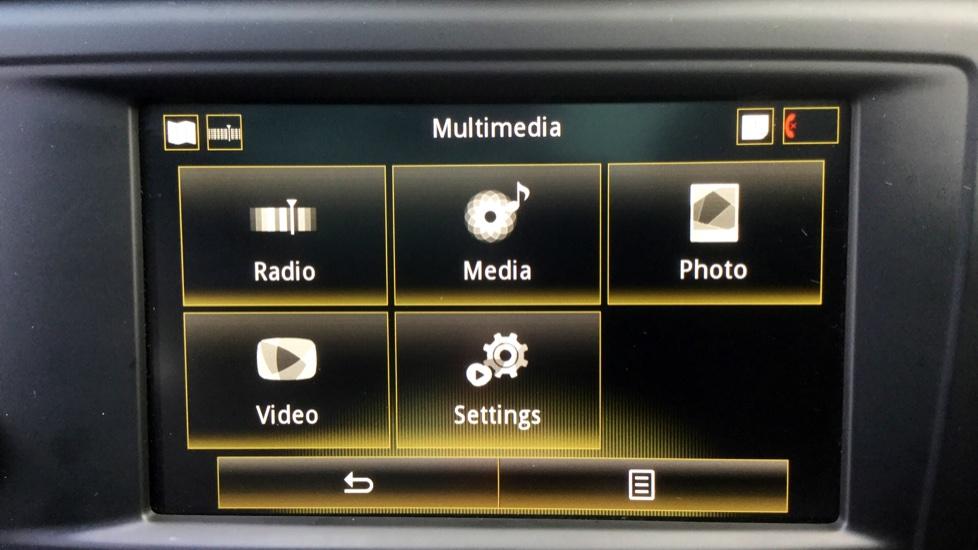 Renault Kadjar 1.5 dCi Signature Nav 5dr image 25