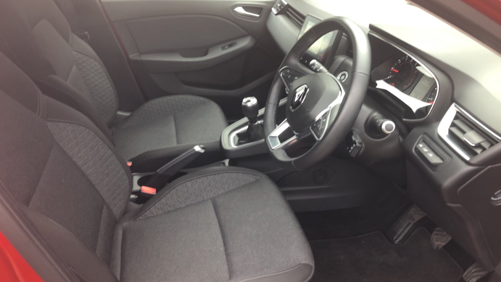 Renault Clio 1.0 TCe 100 Iconic 5dr image 11