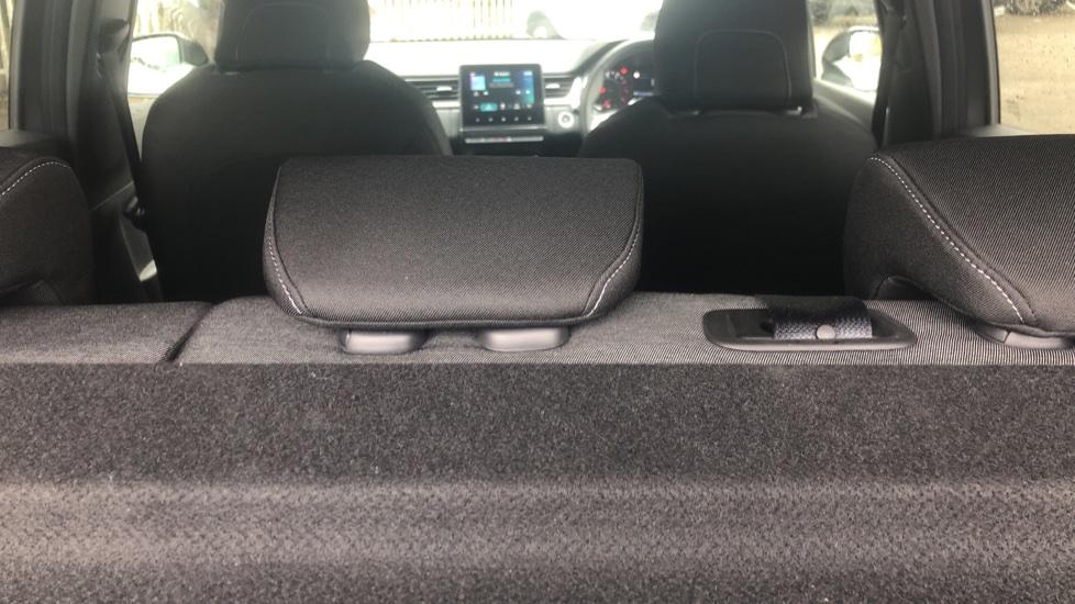 Renault Captur 1.0 TCE 100 Iconic 5dr with Parking Sensors, Sat Nav & Lane Departure Warning image 10