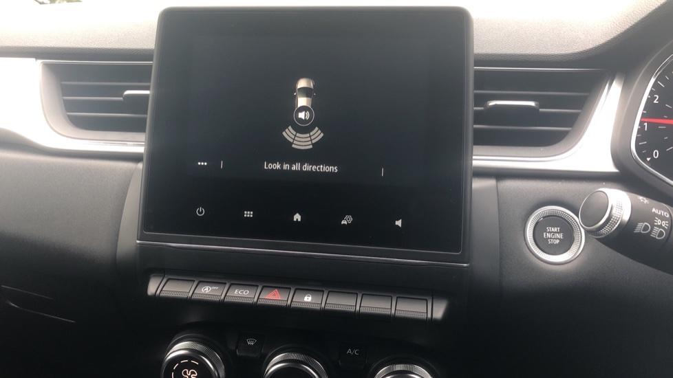 Renault Captur 1.0 TCE 100 Iconic 5dr with Parking Sensors, Sat Nav & Lane Departure Warning image 20