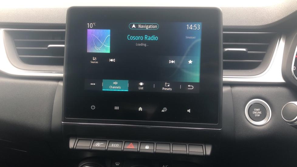 Renault Captur 1.0 TCE 100 Iconic 5dr with Parking Sensors, Sat Nav & Lane Departure Warning image 22