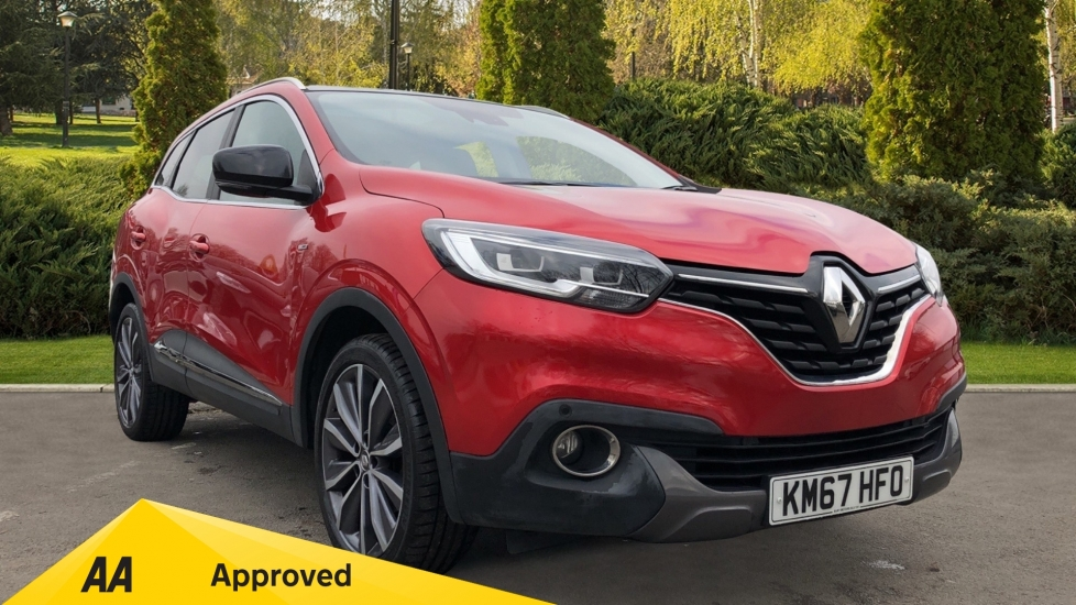 Renault Kadjar 1.2 TCE Signature Nav 5dr with Panoramic Sunroof, Sat Nav & Parking Sensors Hatchback (2017)
