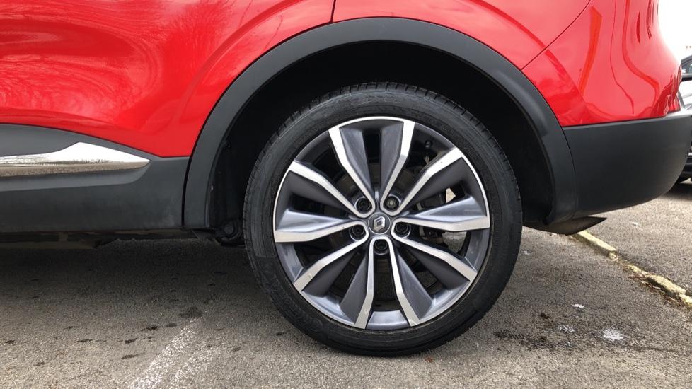 Renault Kadjar 1.2 TCE Signature Nav 5dr with Panoramic Sunroof, Sat Nav & Parking Sensors image 8
