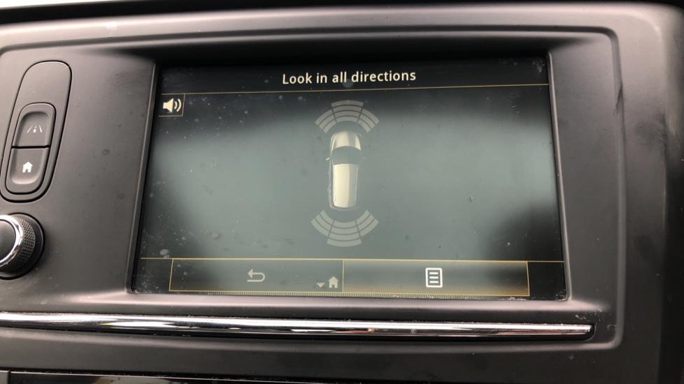 Renault Kadjar 1.2 TCE Signature Nav 5dr with Panoramic Sunroof, Sat Nav & Parking Sensors image 15