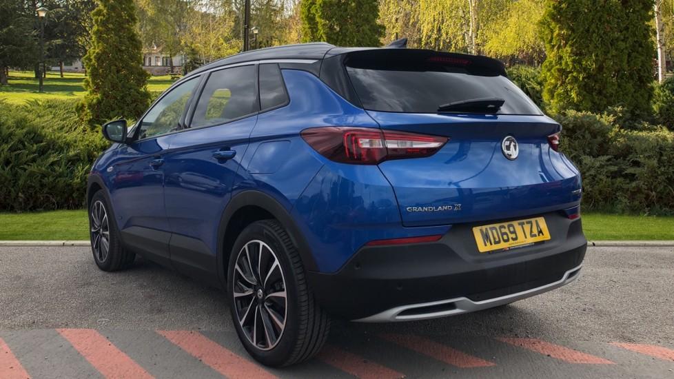 Vauxhall Grandland X 1.6 Hybrid4 300 Elite Nav image 2