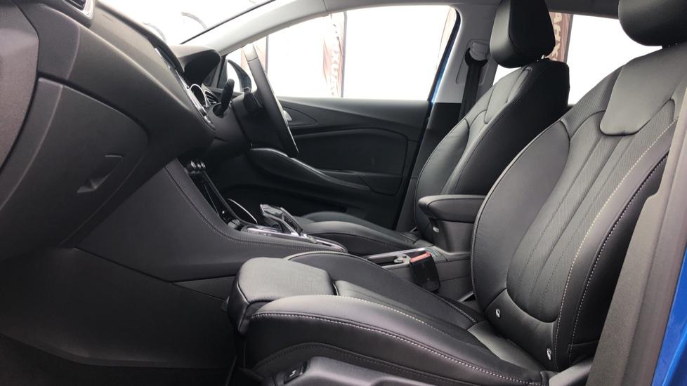 Vauxhall Grandland X 1.6 Hybrid4 300 Elite Nav image 3