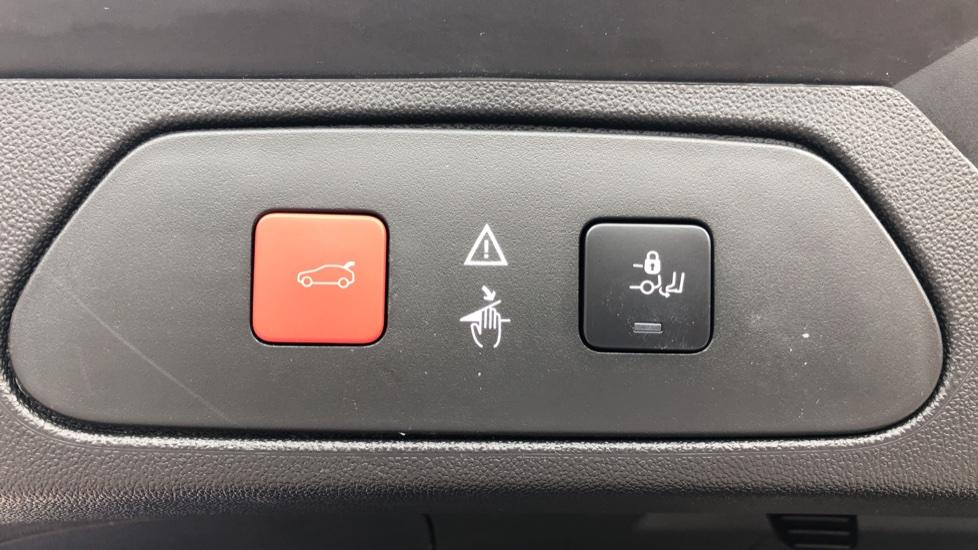 Vauxhall Grandland X 1.6 Hybrid4 300 Elite Nav image 12