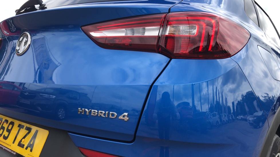 Vauxhall Grandland X 1.6 Hybrid4 300 Elite Nav image 14