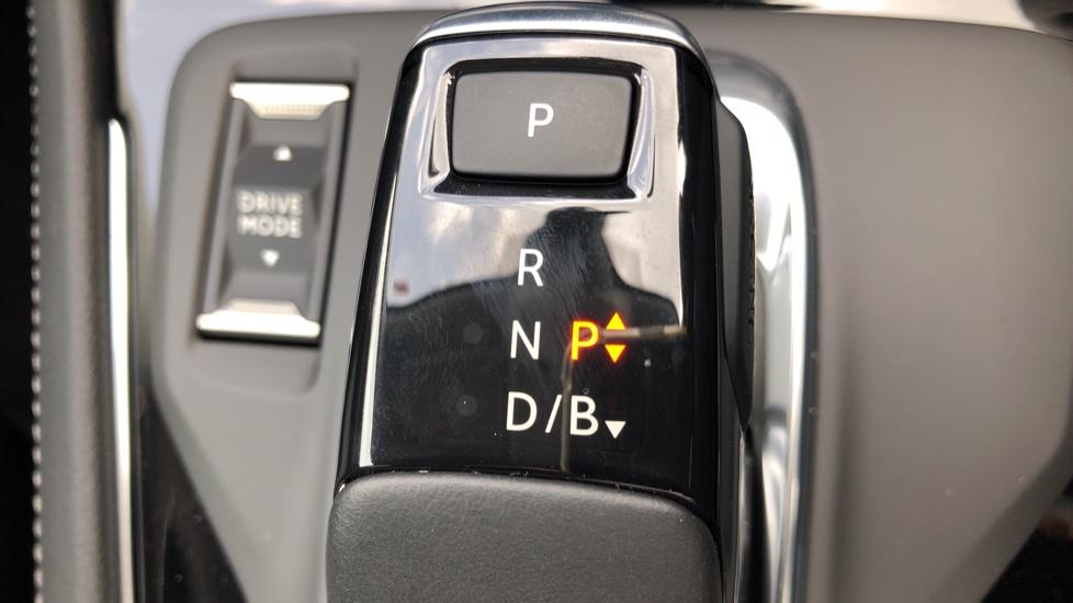 Vauxhall Grandland X 1.6 Hybrid4 300 Elite Nav image 21