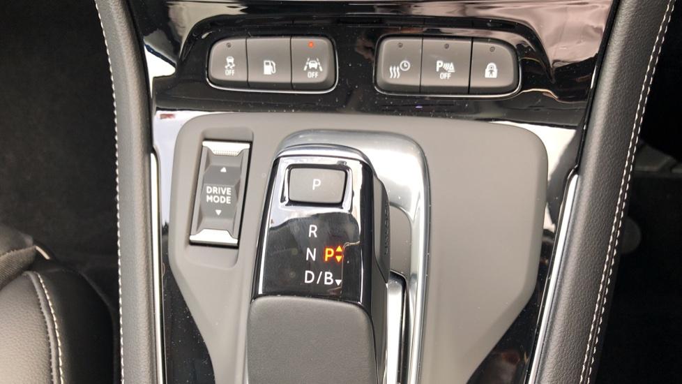 Vauxhall Grandland X 1.6 Hybrid4 300 Elite Nav image 22