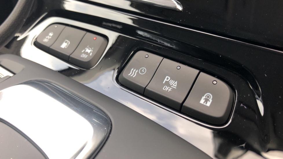 Vauxhall Grandland X 1.6 Hybrid4 300 Elite Nav image 23