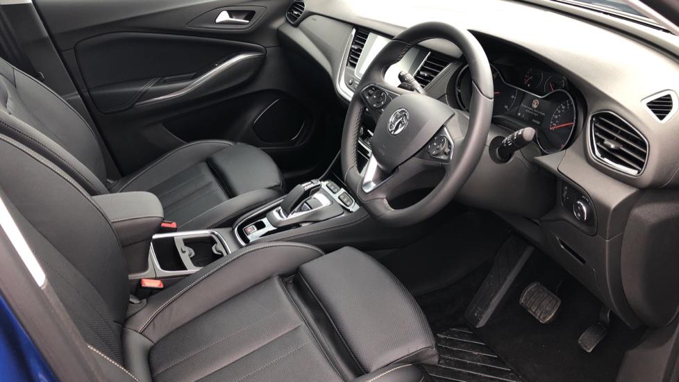 Vauxhall Grandland X 1.6 Hybrid4 300 Elite Nav image 41