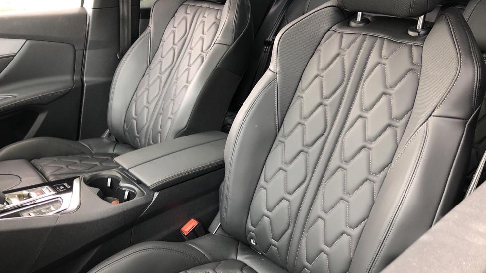 Peugeot 3008 1.6 Hybrid4 300 GT e-EAT8 image 3