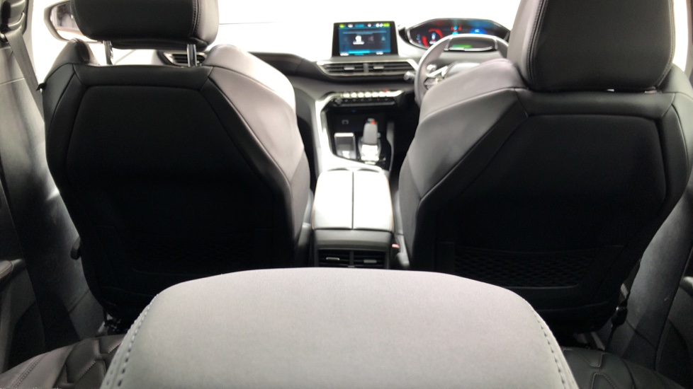 Peugeot 3008 1.6 Hybrid4 300 GT e-EAT8 image 9