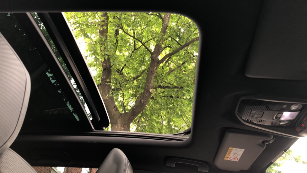 Peugeot 3008 1.6 Hybrid4 300 GT e-EAT8 image 19