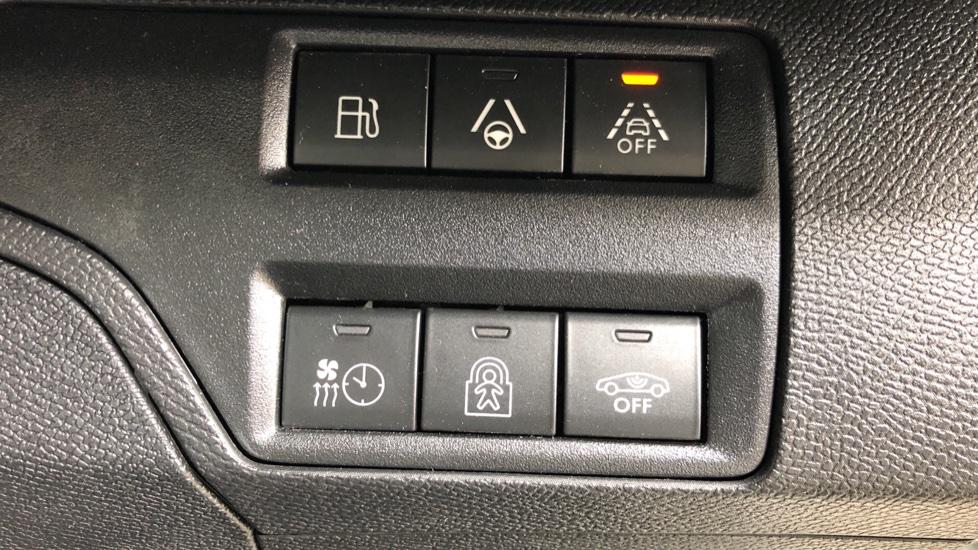 Peugeot 3008 1.6 Hybrid4 300 GT e-EAT8 image 20