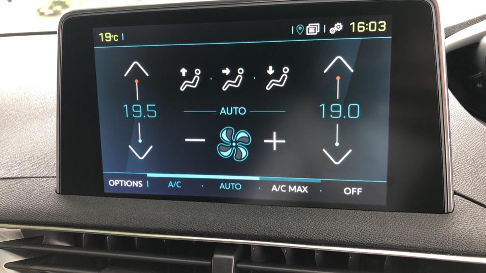 Peugeot 3008 1.6 Hybrid4 300 GT e-EAT8 image 27