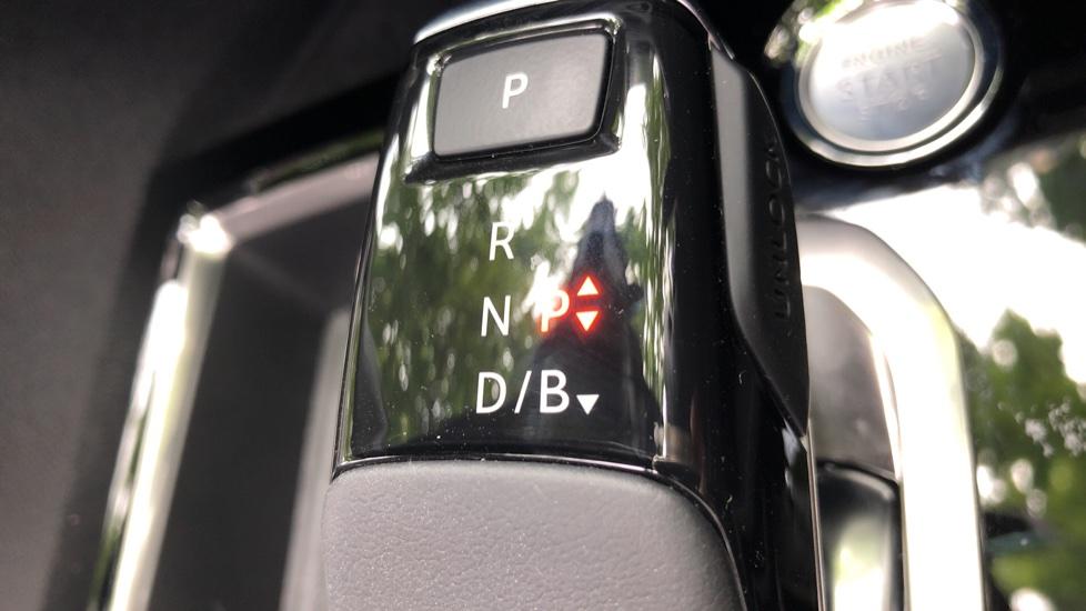 Peugeot 3008 1.6 Hybrid4 300 GT e-EAT8 image 39