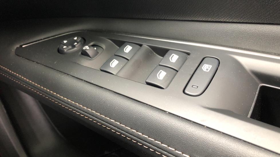 Peugeot 3008 1.6 Hybrid4 300 GT e-EAT8 image 47