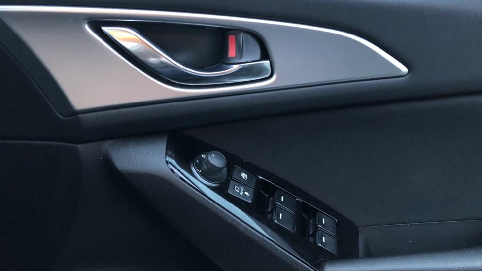 Mazda 3 Hatchback 2.0 Sport Black 5dr image 13