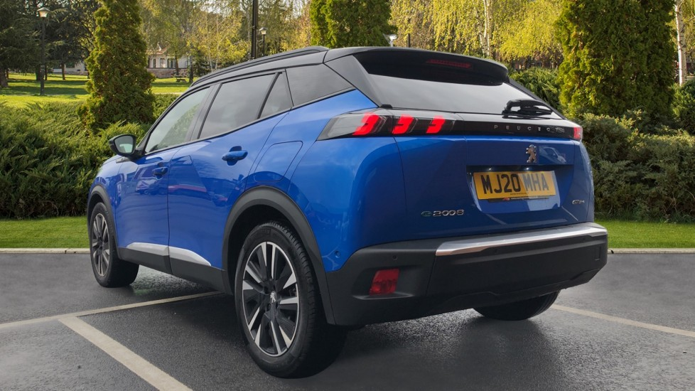 Peugeot 2008 SUV 100kW GT Line 50kWh image 2
